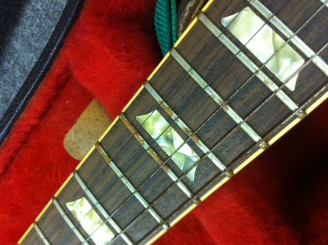 old crusty Les Paul frets